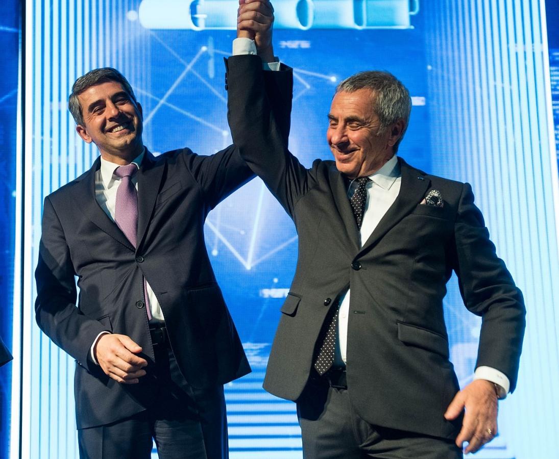 Viasat acquires EuroGPS, Official Reception Military Club